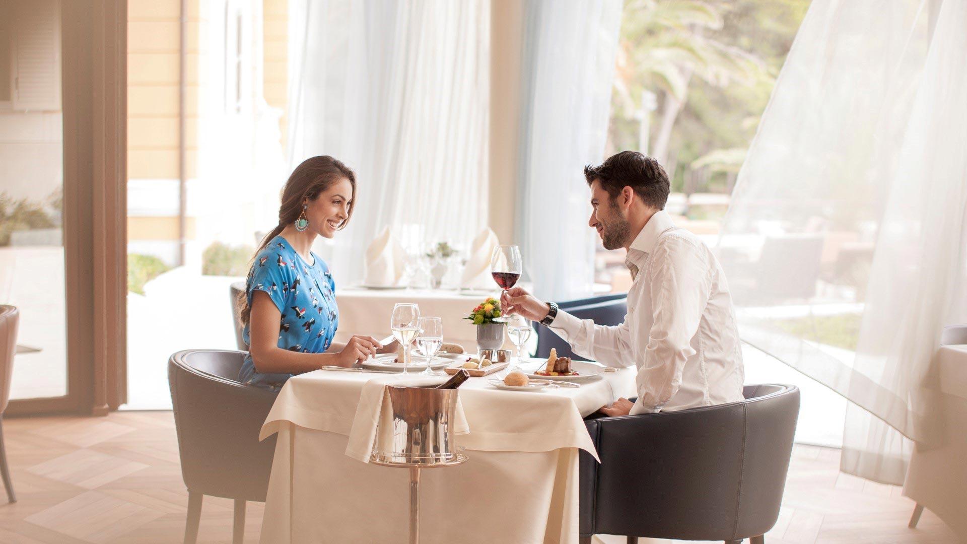 Lifestyle fotografija - u restoranu